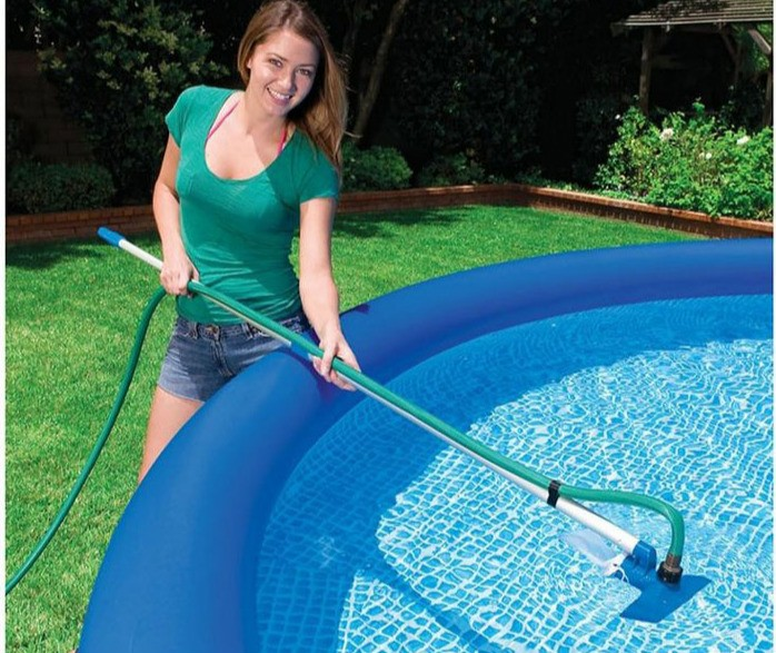 vaccuming above ground pool steps