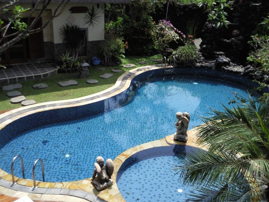 Resurfacing Your Pool Deck And Its Benefits